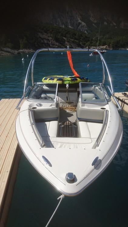 Louer Bateau à moteur avec ou sans skipper Maxum à Manosque