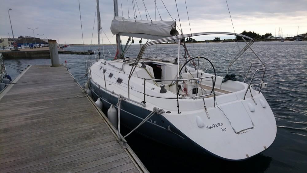 Boat rental Poncin Yachts Harmony 38 in Locmiquélic on Samboat