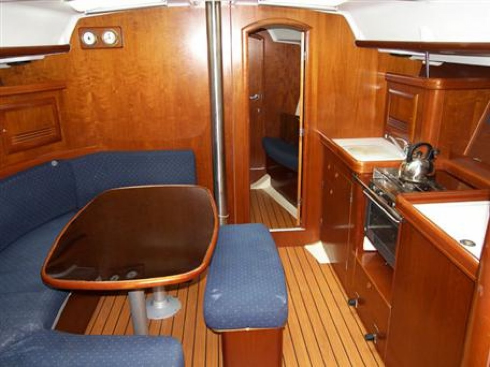 Bénéteau Oceanis 393 Clipper between personal and professional Marmaris