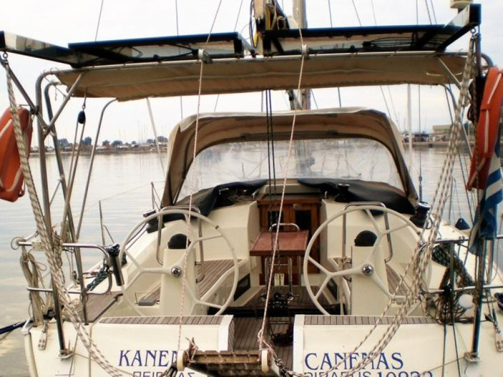 Bavaria Cruiser 40 entre particuliers et professionnel à Leucade