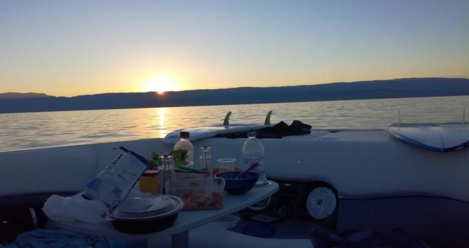 Louer Bateau à moteur avec ou sans skipper Malibu à Thonon-les-Bains