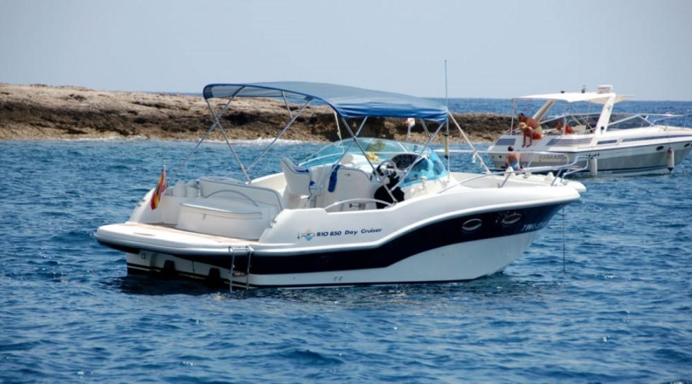 Location bateau Rio Rio 750 Day Cruiser à Torrevieja sur Samboat