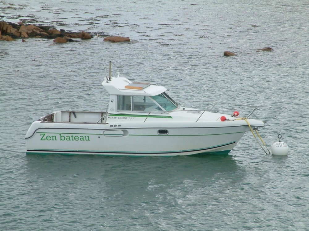 Boat rental Plougasnou cheap Merry Fisher 700