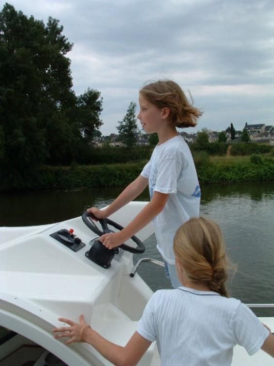 Location bateau Nicols 1100 à  sur Samboat