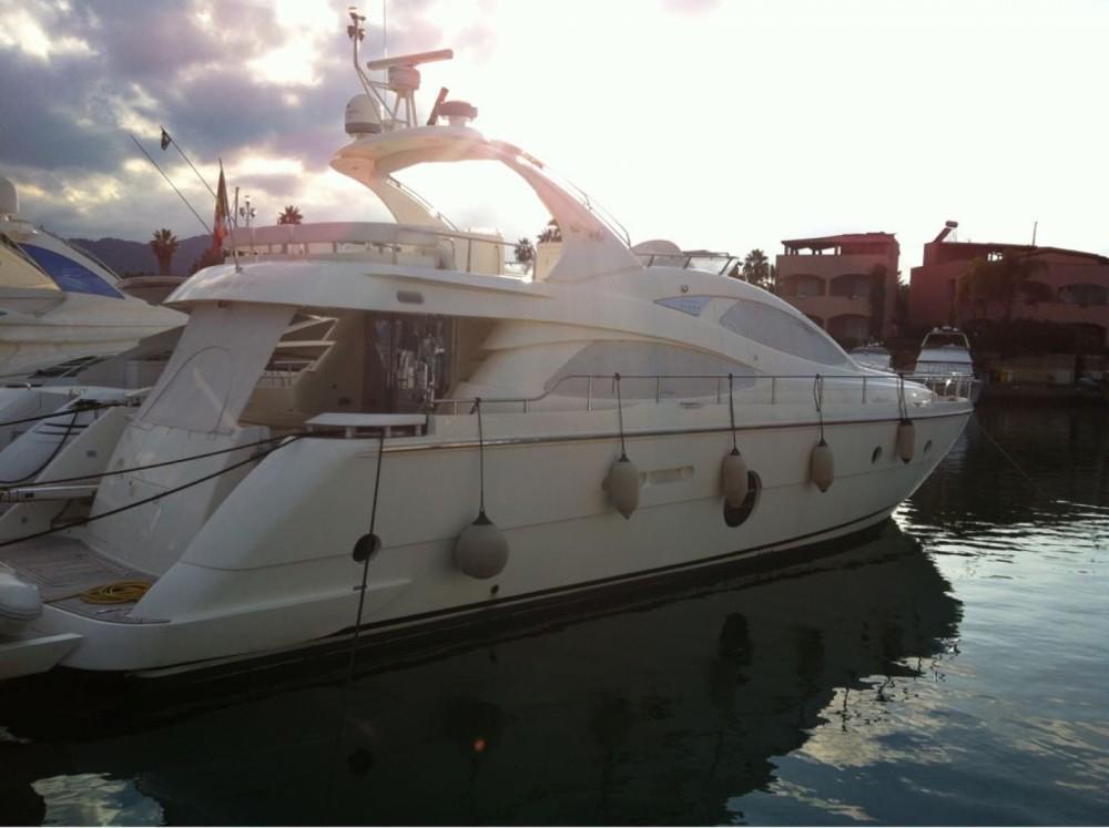 Location bateau Furnari pas cher 64 FLY