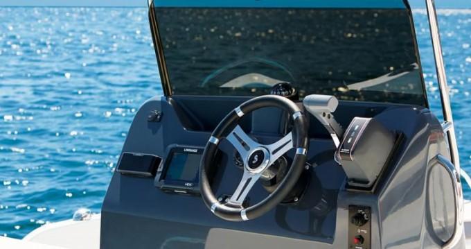 Boat rental Le Croisic cheap Flyer 5.5 SPACEdeck