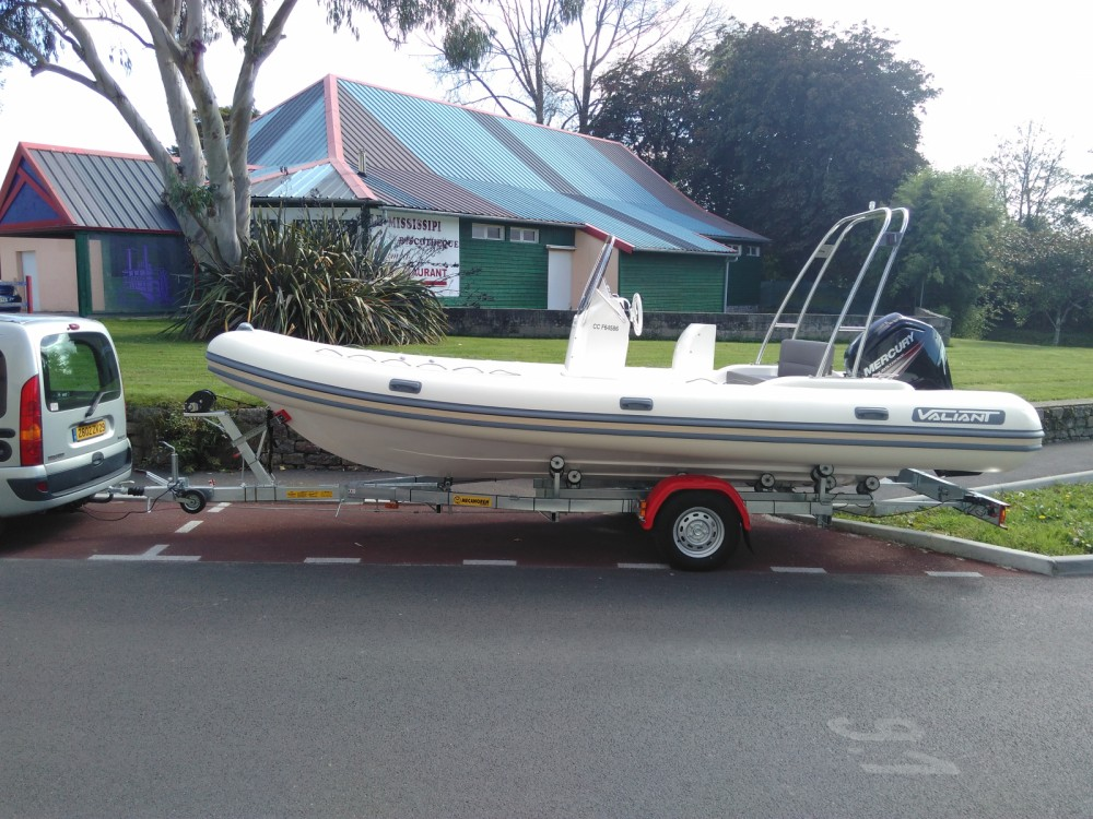 Boat rental Concarneau cheap Valiant 630 Classic Limited