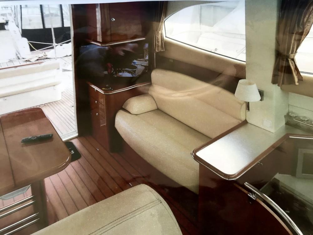Location bateau Agde pas cher Prestige 36