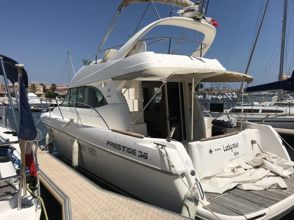 Jeanneau Prestige 36 entre particuliers et professionnel à Agde