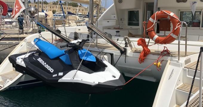 Catamaran à louer à Ta' Xbiex au meilleur prix