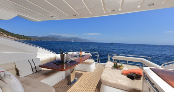 Location yacht à Ajaccio - Princess Princess V65 sur SamBoat