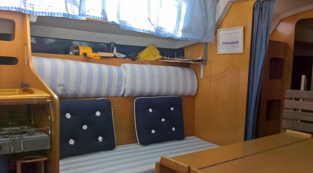 Location bateau Gassin pas cher Aloa 27