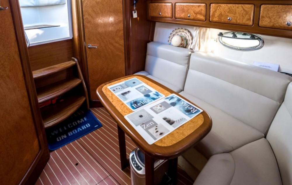 Location bateau Bavaria Sport 300 à Cogolin sur Samboat