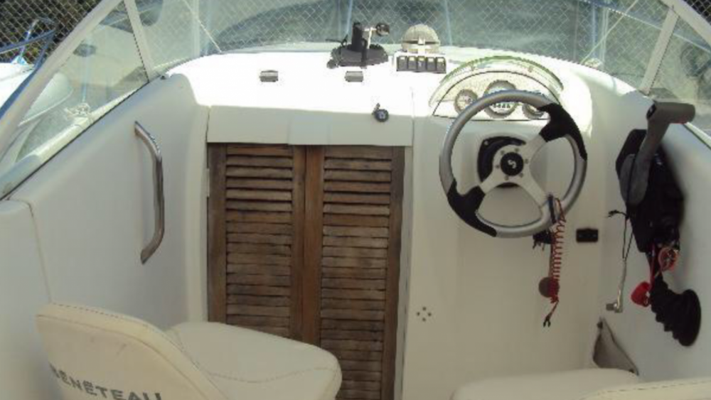 Hire Motor boat with or without skipper Bénéteau Ajaccio