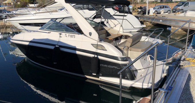 Noleggio barche Régal 28 Express Mandelieu-la-Napoule su Samboat
