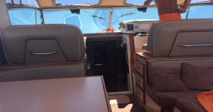 Louer Bateau à moteur avec ou sans skipper Sea Ray à Terracina