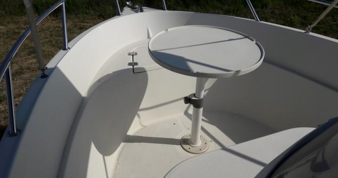 Location bateau Quicksilver Quicksilver 550 Commander à Vannes sur Samboat