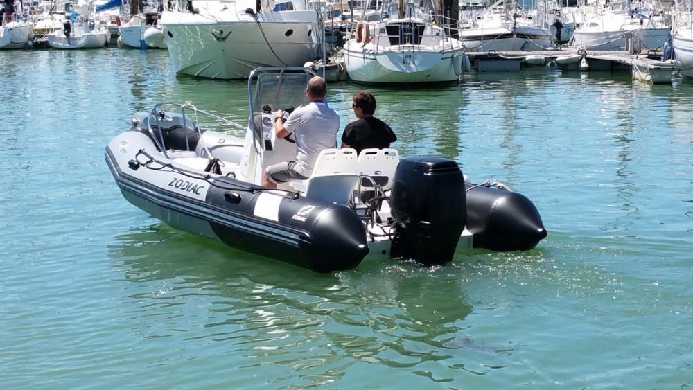 Bootsverleih Zodiac Pro Open 550 La Rochelle Samboat