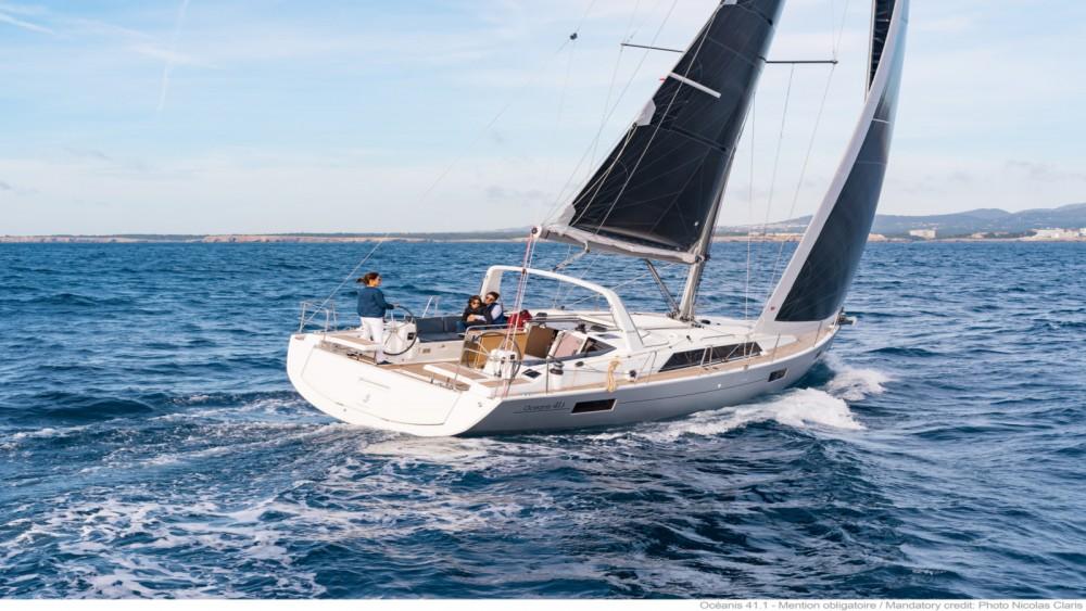 Location bateau Bénéteau Oceanis 41.1 à Bandol sur Samboat