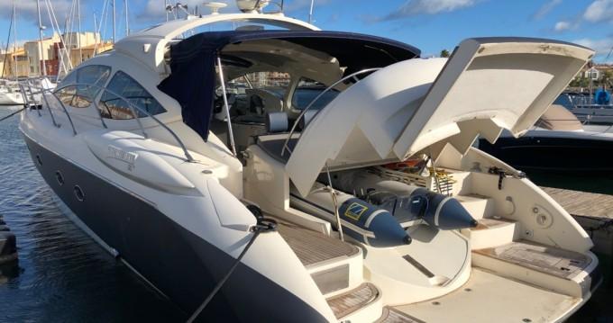 Bateau à moteur à louer à Le Cap d'Agde au meilleur prix