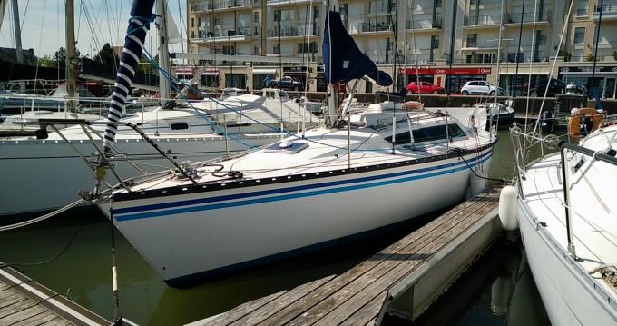 Barca a vela a noleggio Dives-sur-Mer al miglior prezzo