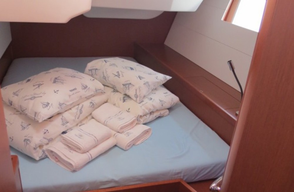 Boat rental Athens cheap Oceanis 48