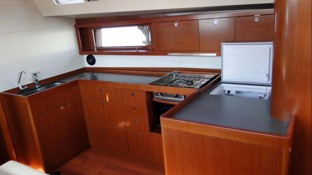 Boat rental Athens cheap Oceanis 48