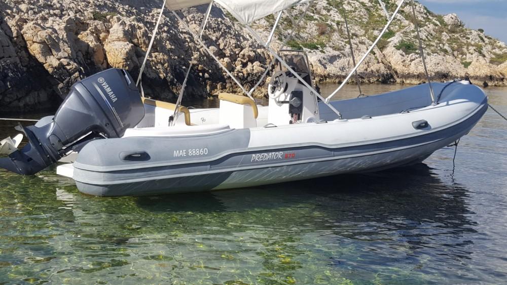 Location bateau Marseille pas cher Predator 570