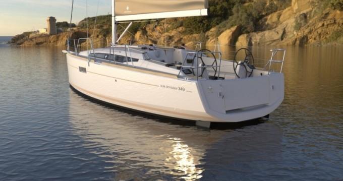 Jeanneau Sun Odyssey 349 entre particuliers et professionnel à Port du Crouesty