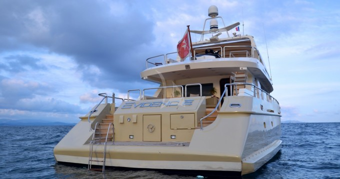"""Location bateau Saint-Tropez pas cher 31.00 metres (101' 8"""")"""