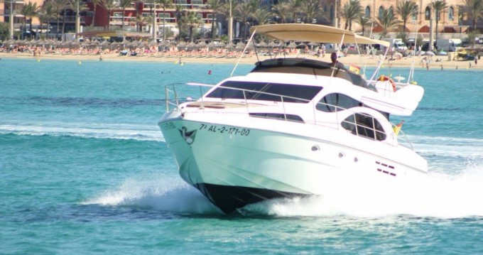 Rent a Azimut Azimut 46 Evolution Palma