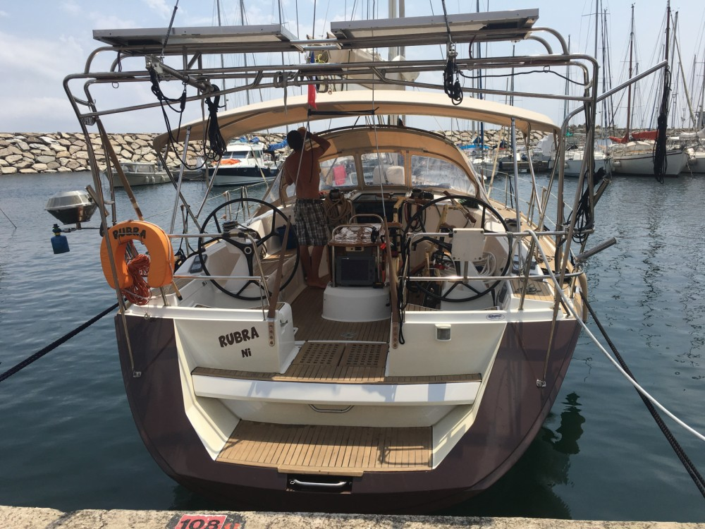 Sailboat for rent Fréjus at the best price