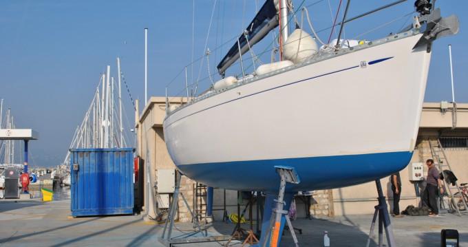 Location bateau Six-Fours-les-Plages pas cher Dufour 30 Classic