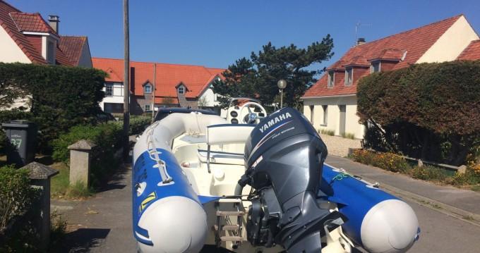 Louer Semi-rigide avec ou sans skipper Zodiac à Boulogne-Sur-Mer