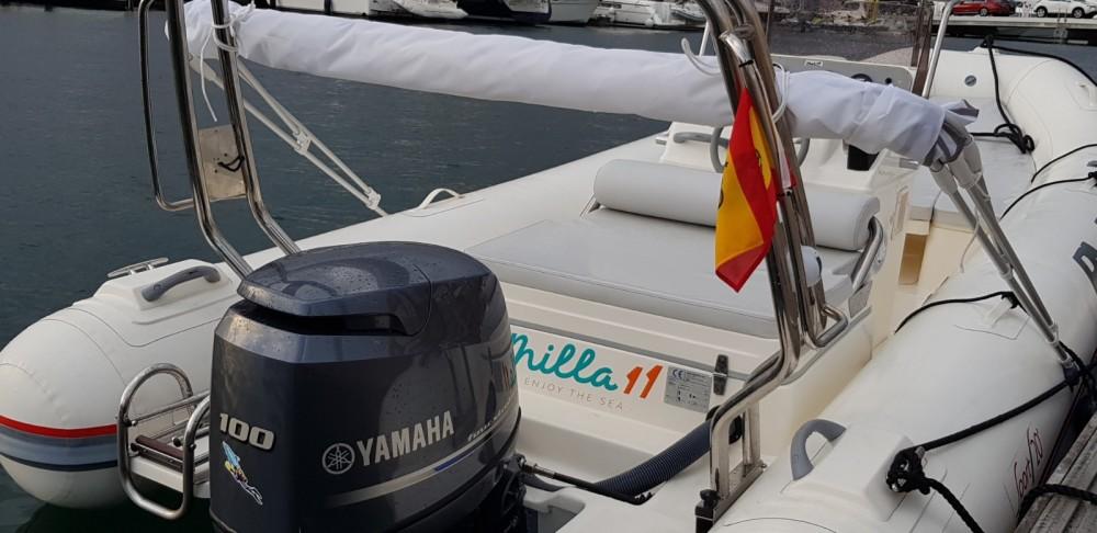 Louer Semi-rigide avec ou sans skipper Bwa à Alicante