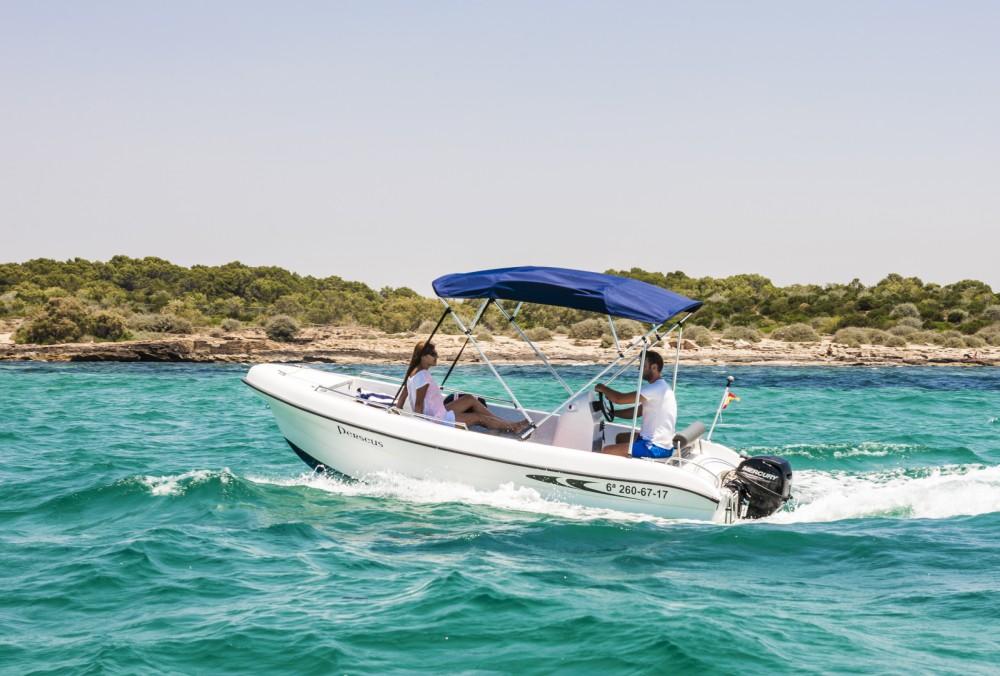 Louer Bateau à moteur avec ou sans skipper Mistral à Felanitx