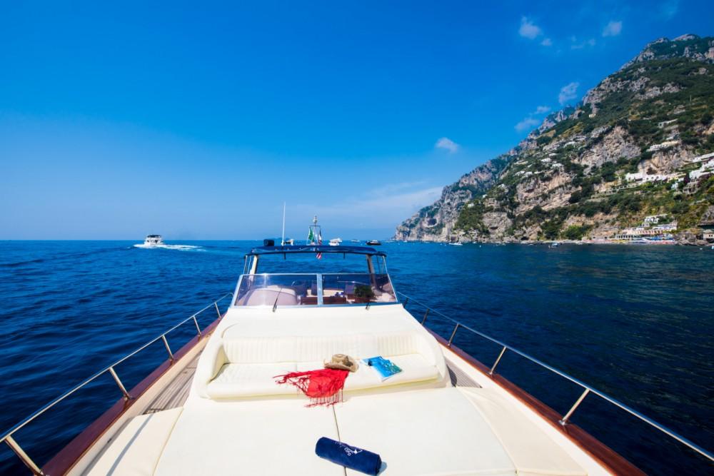 Boat rental Positano cheap classic