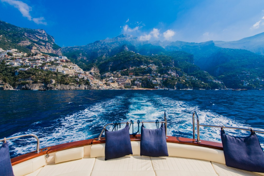 Rent a Jeranto 11 classic Positano
