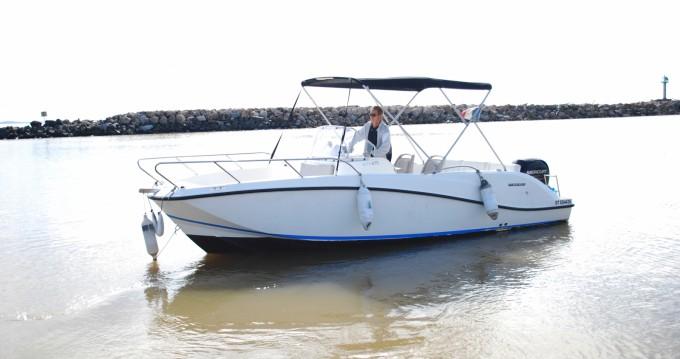 Location yacht à Valras-Plage - Quicksilver Activ 675 Open sur SamBoat