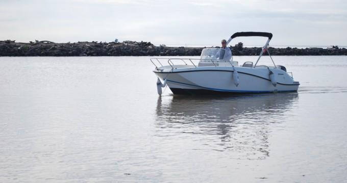 Louer Bateau à moteur avec ou sans skipper Quicksilver à Valras-Plage