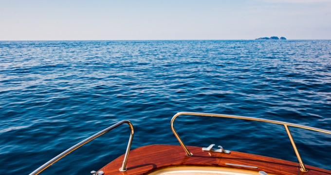 Location bateau Sea Living Positano jeranto 11 à Positano sur Samboat