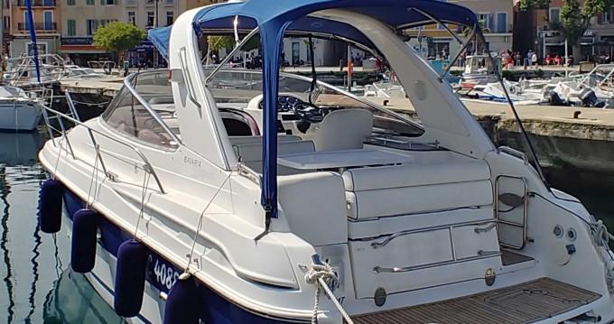 Bateau à moteur à louer à Saint-Cyr-sur-Mer au meilleur prix