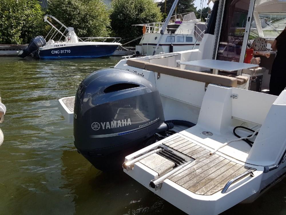 Motorboot te huur in Vaux-sur-Seine voor de beste prijs