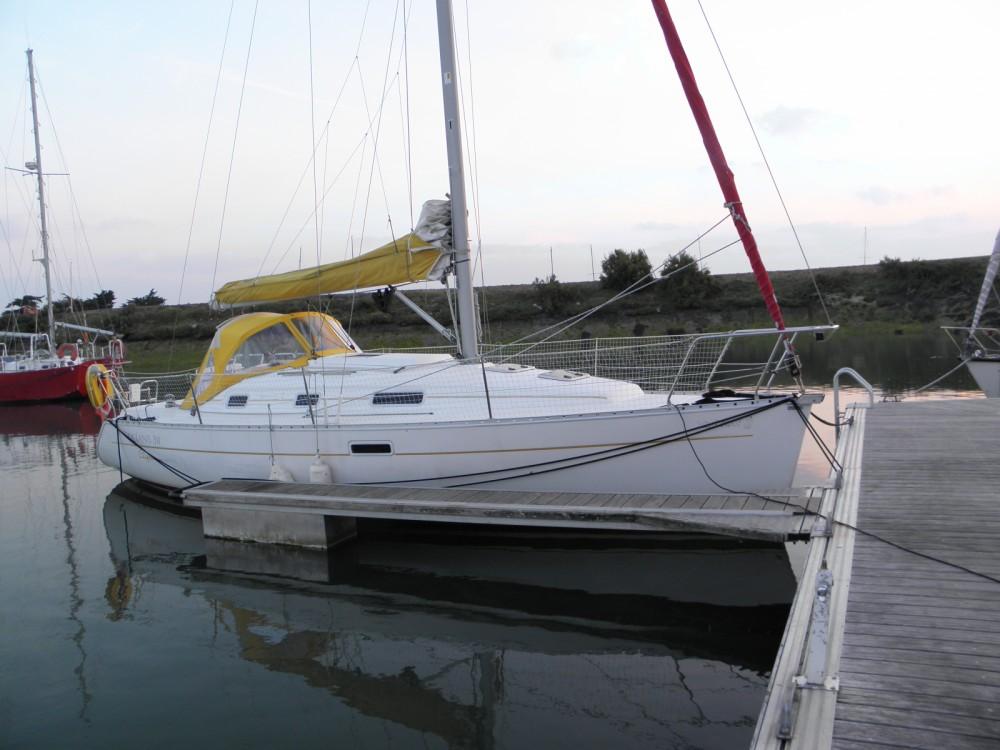 Alquiler de barcos Rochefort barato de Oceanis 311