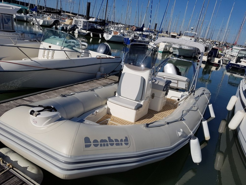 Bombard Sunrider 700 between personal and professional Pornic