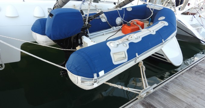 Rent a Lagoon Lagoon 410 S2 Le Marin