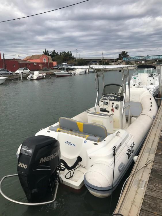 Louer Bateau à moteur avec ou sans skipper Black Fin à Palavas-les-Flots