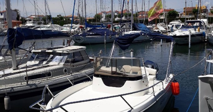 Sessa Marine Key Largo entre particuliers et professionnel à Castelló d'Empúries