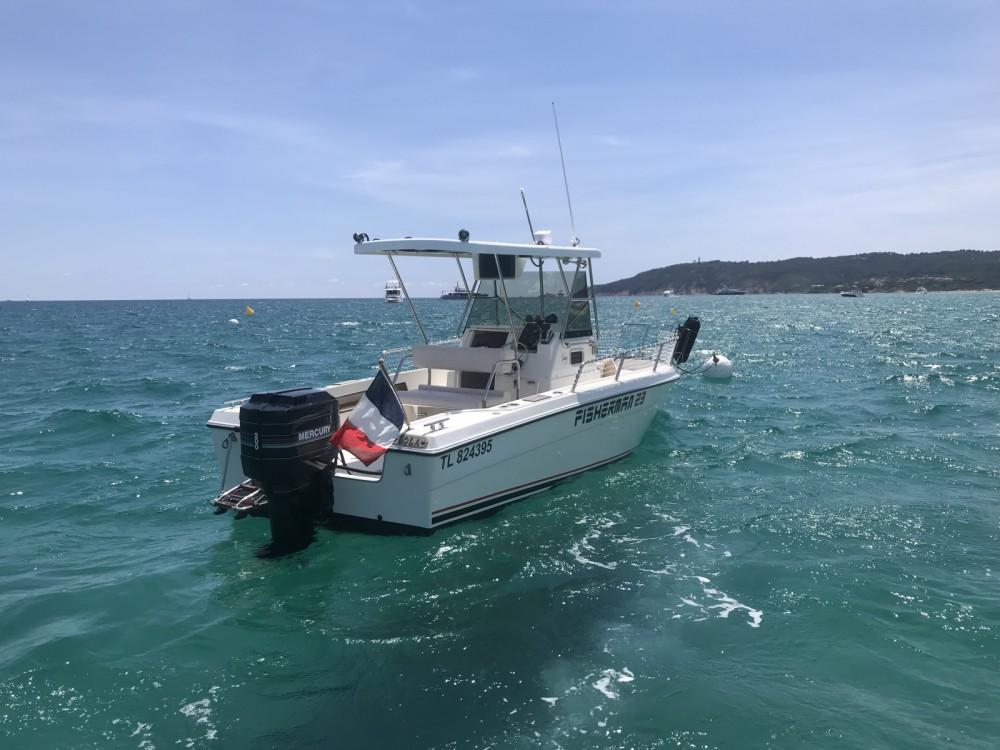 Location Bateau à moteur à Saint-Tropez - Zaniboni  Fisherman 23