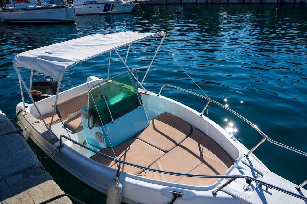 Hire Motor boat with or without skipper Elan Šibenik